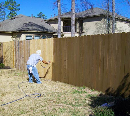 Fence Staining in Spring, TX