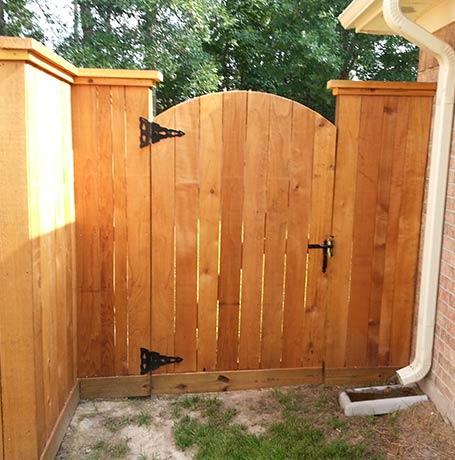 Gating Spring Tx Custom Wood Gate Installation Repair